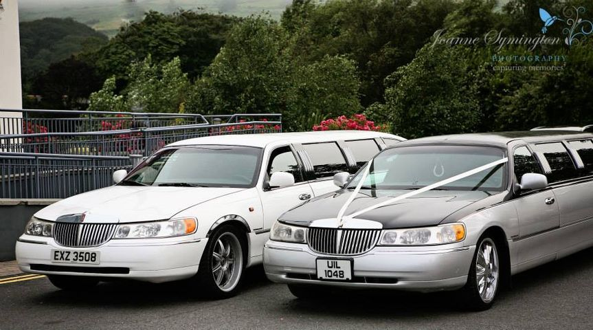 Lincoln Limo holds 8