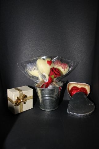 Selection of favour boxes