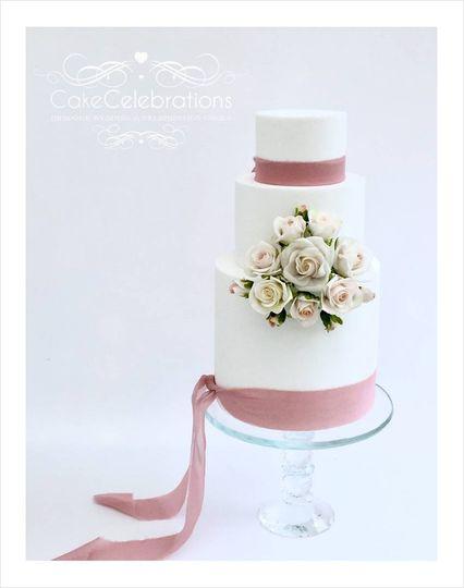 Sugar bouquet Wedding Cake
