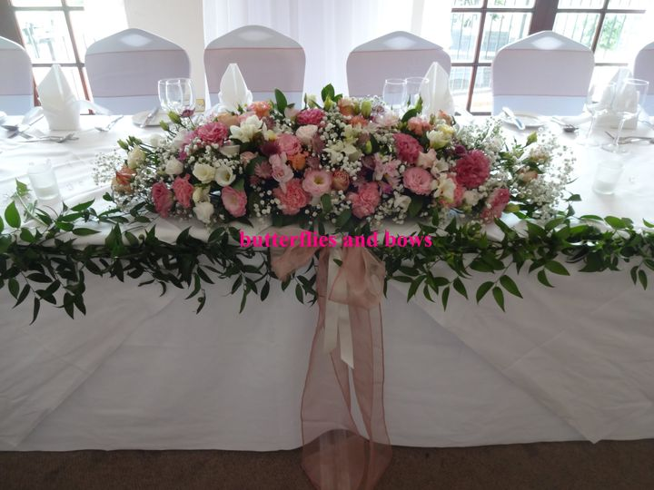 Top / ceremony Table flowers