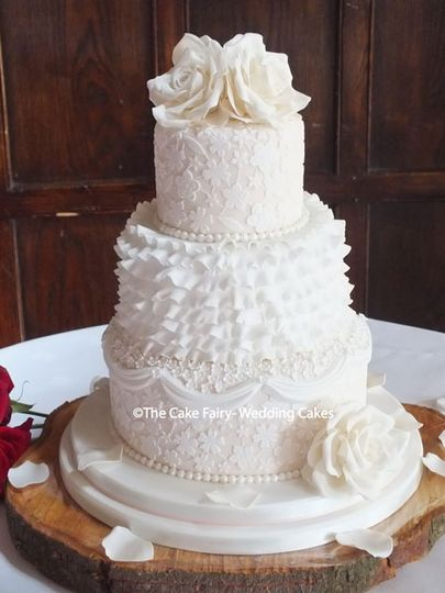 Frills & lace wedding cake