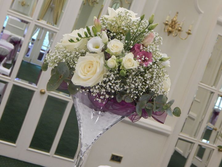 Martini vase floral centre