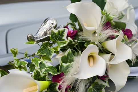 Handmade silk calla and ivy bouquet