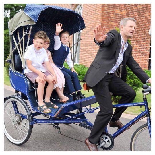 Vintage Rickshaw rides