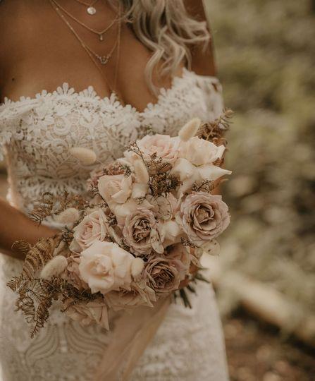 Boho bride wedding bouquet
