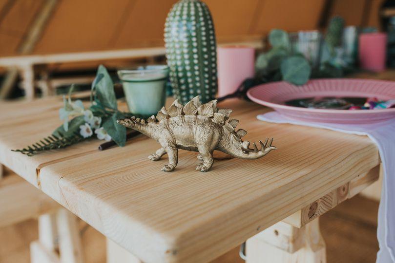 Rustic Tipi Table Decor