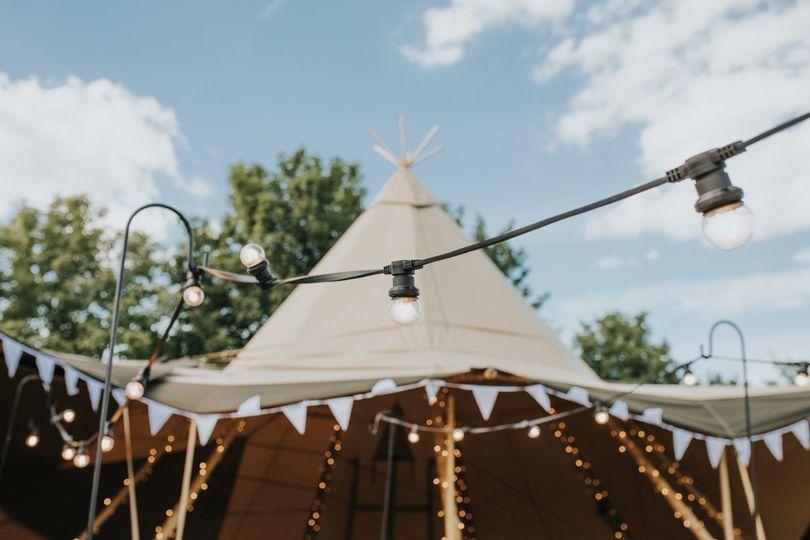 Tipi Wedding Festoon Lighting