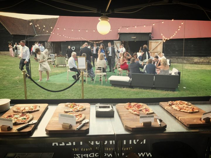 Garden party with pizza