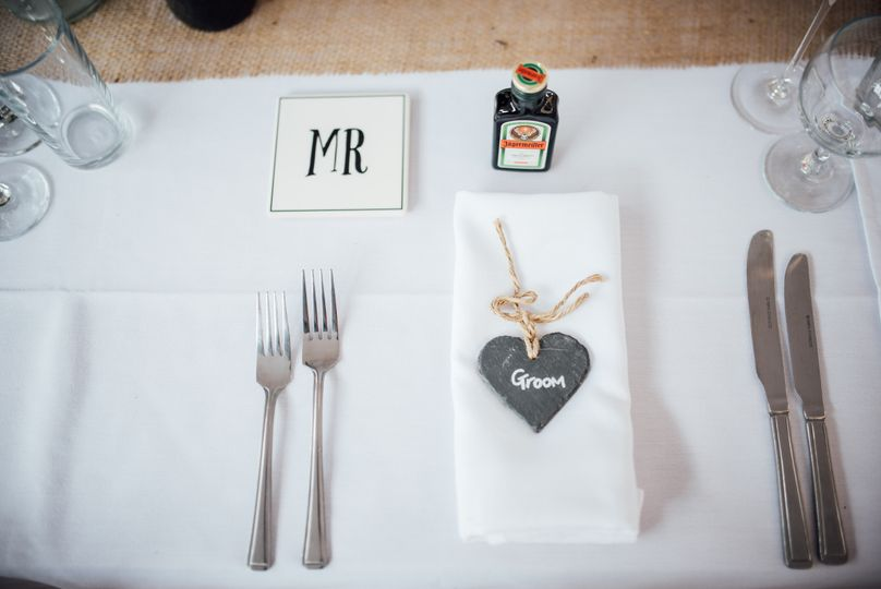 Groom's table setting
