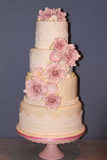 Vintage lace, pearl and rose