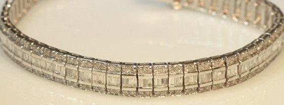 White gold, diamond bracelet