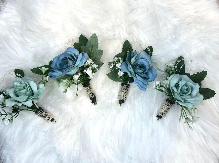 Floral gents buttonhole