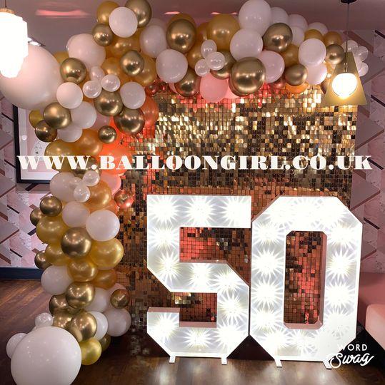 entertainment balloon girl 20200223120241023