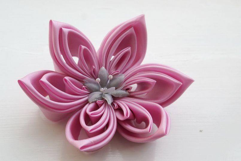 Extra Large Bubblegum Pink Polysilk Kanzashi
