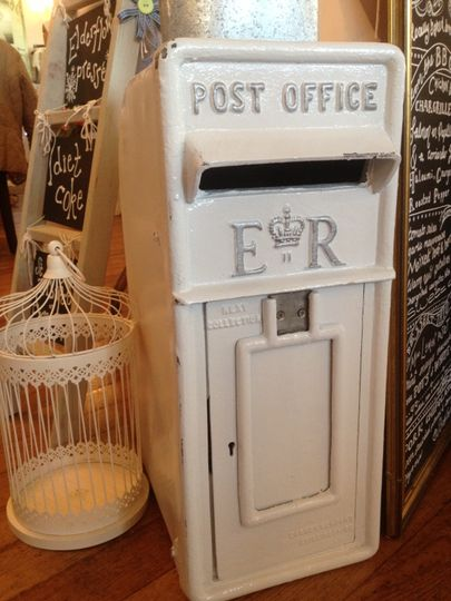 Vintage items for hire