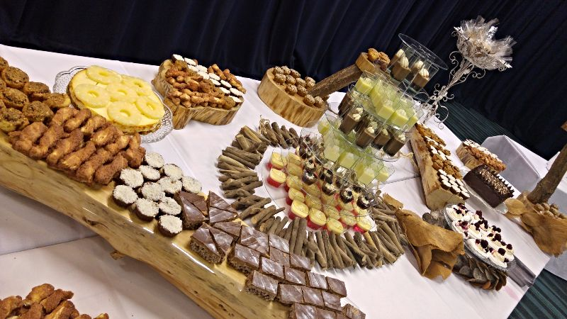 Natural Theme Desserts Table