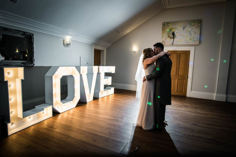 Newlyweds dancing - Dotty Photography