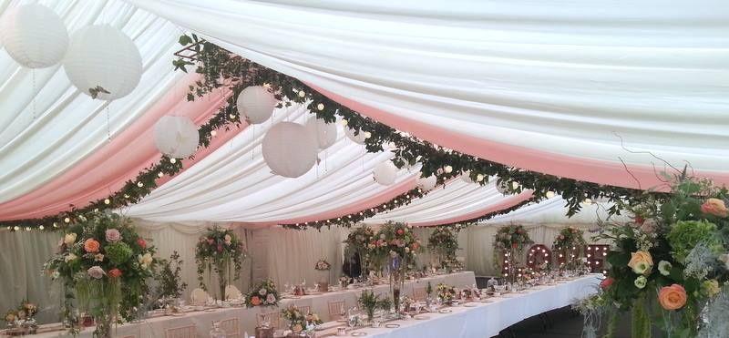 Floral drapes & lanterns