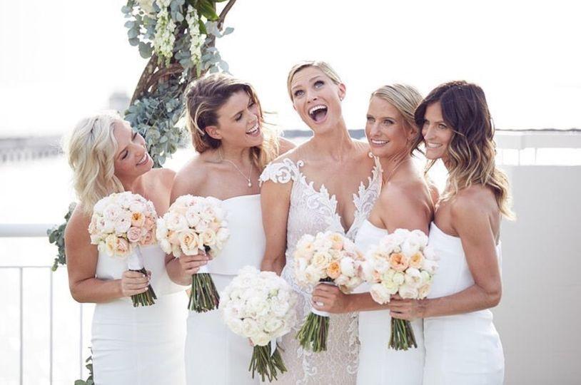 bridalwear shop mirror mirro 20170814023521964