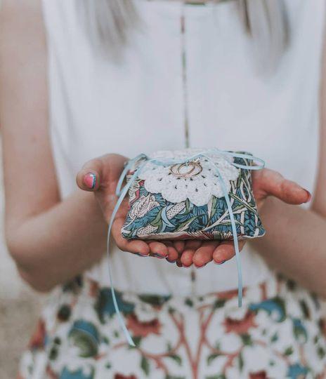 William Morris ring pillow