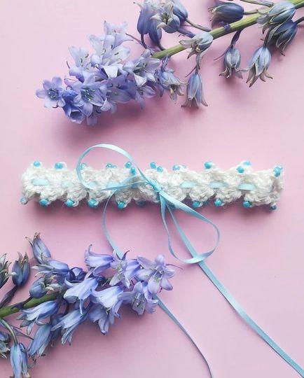 Beaded silk garter