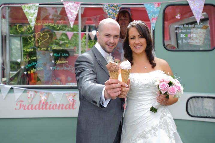 Wedding ice cream van Elsie