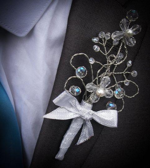 Ice buttonhole