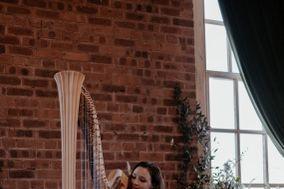 Elinor Harp