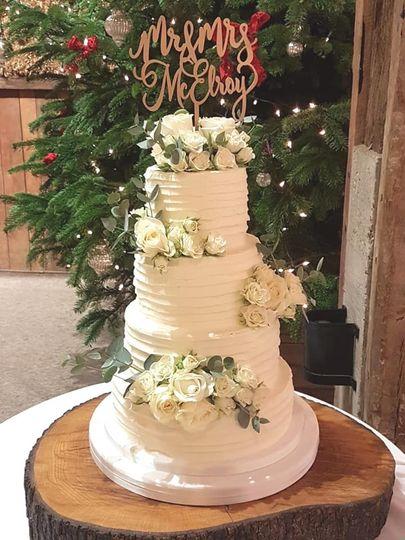 combed wedding cake 4 153088