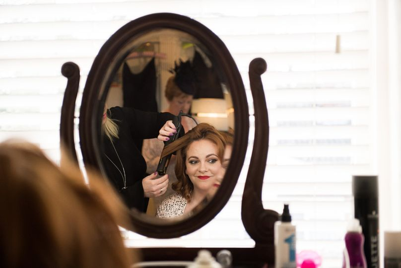 Getting ready - Gemma Willis Photography
