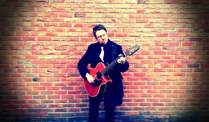 Paul Beattie - Guitarist & Singer