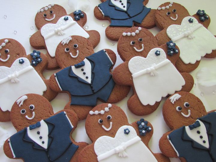 gbread bride and groom 4 53146
