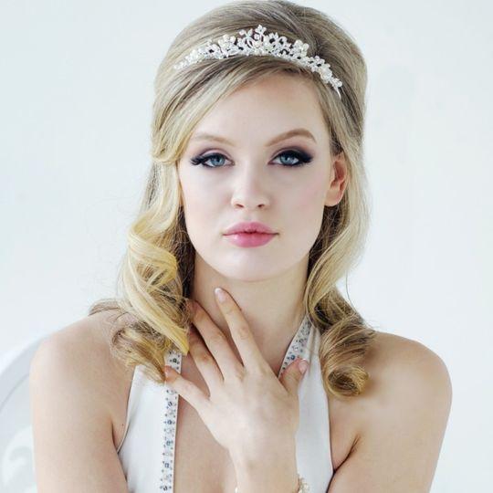 Freshwater pearl tiara