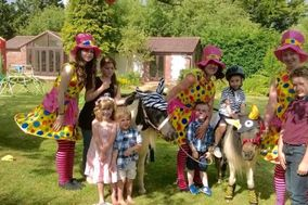 Lollipop Pony Parties - Childcare