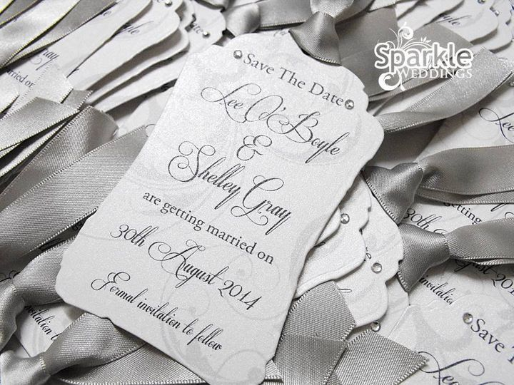 Vintage tag save the date