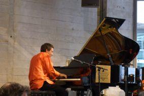 Klay D-C Pianist