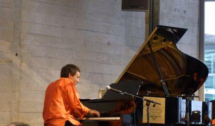 Klay D-C Pianist 1