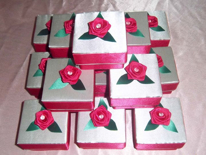 Silver & Hot Pink Square Boxes