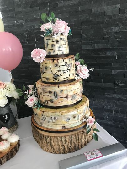 Woodland rose cake