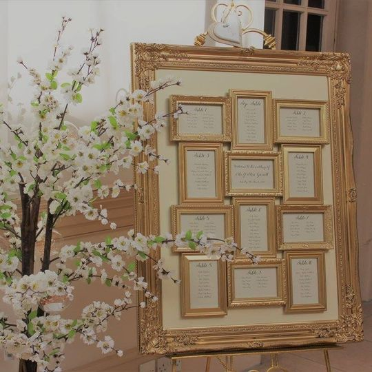 Gold table plan & easel