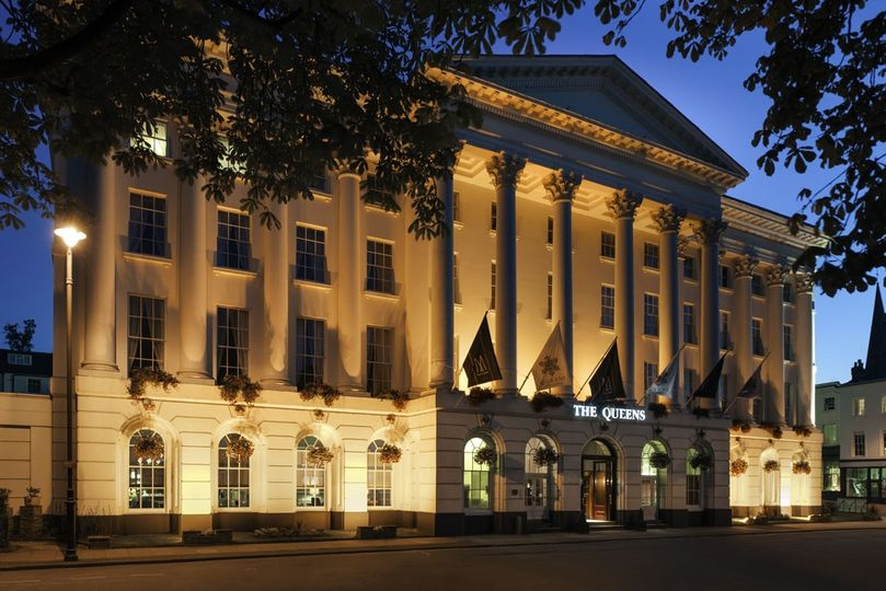 The Queens Hotel at night