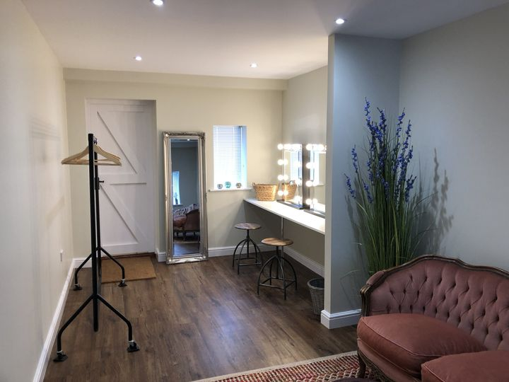 Couples Retreat/Dressing Room