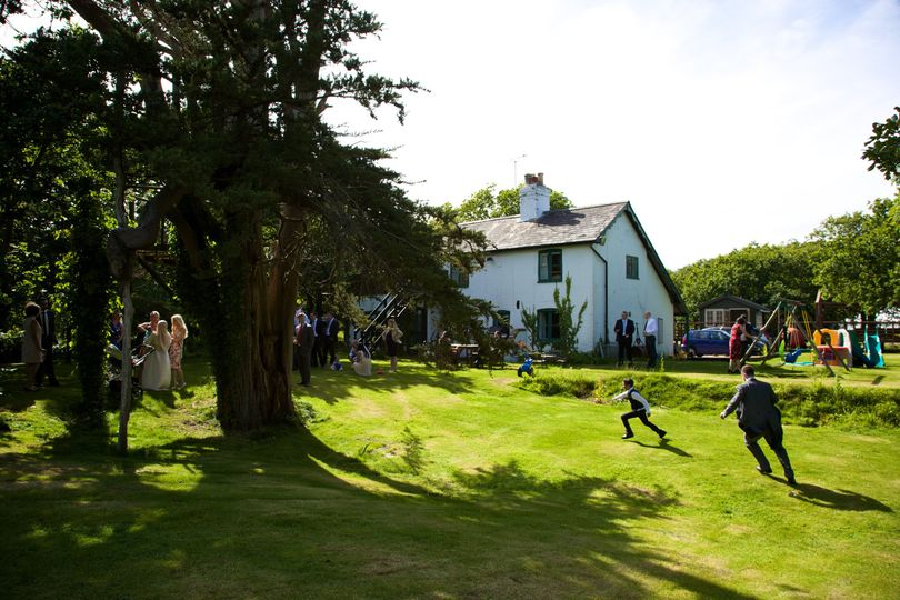 Cottage weddings at Tournerbury