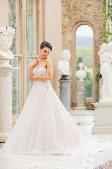 Bridalwear Shop New Beginnings 53