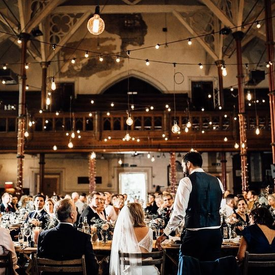 Cosy atmosphere in a large space