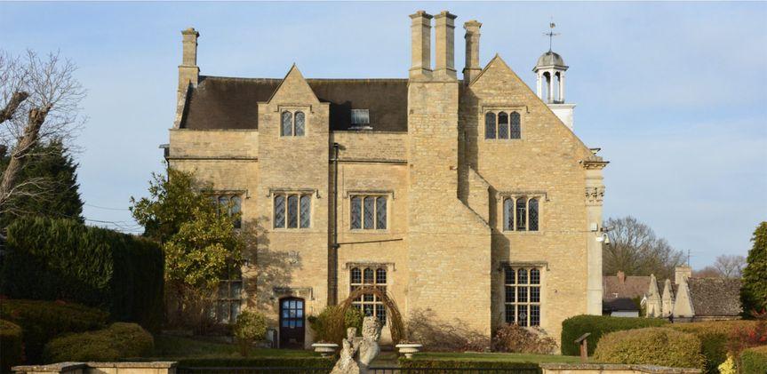 Hinwick Hall 10