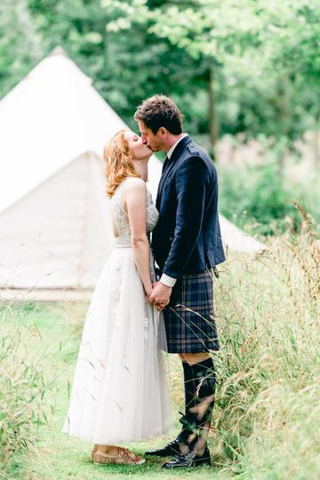 Kissing and holding hands - Hayley Jayne Photography