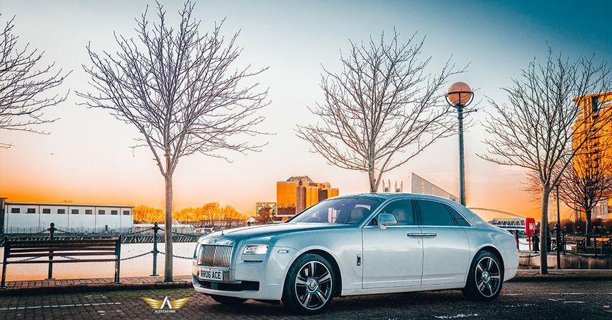 Rolls Royce  - Exterior Photo