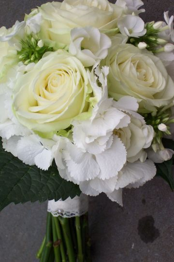 Antique lace and ivory roses