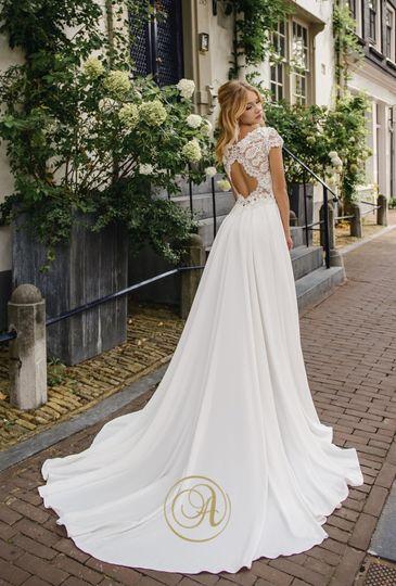 Bridalwear Shop Aeternum Bridal 7